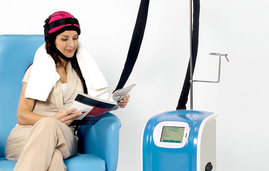 La cuffia hi-tech che ferma la caduta dei capelli - Dimensione Medica 0d4ac9c89910