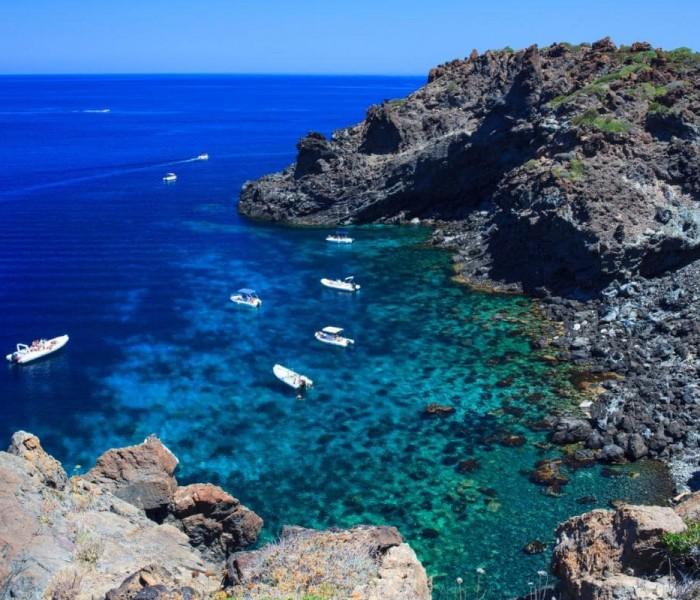 Pantelleria, l'isola dalle infinite potenzialità