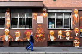 La storia dipinta sui muri